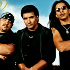 los lonely boys: USA (Detroit), June 21, 2005