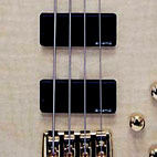 B.C. Rich: Innovator 4 String Bass
