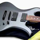 B.C. Rich: Tripp Eisen Signature Special Wave Guitar Pack