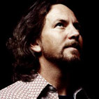 Eddie Vedder Raises $1.7 Million For Obama