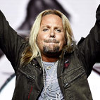 Motley Crue: Vince Neil To Receive Lifetime Achievement Award