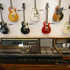 Les Paul Guitar Auction Raises $5m