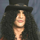 Slash To Guest On Charlie Sheen's 'Anger Management'