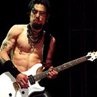 Dave Navarro Slams Eric Avery for Quitting NIN