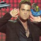 Robbie Williams To Build UFO Island