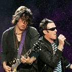 Stone Temple Pilots Fire Scott Weiland